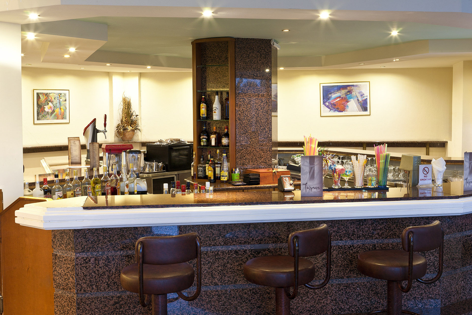 Ialyssos Bar