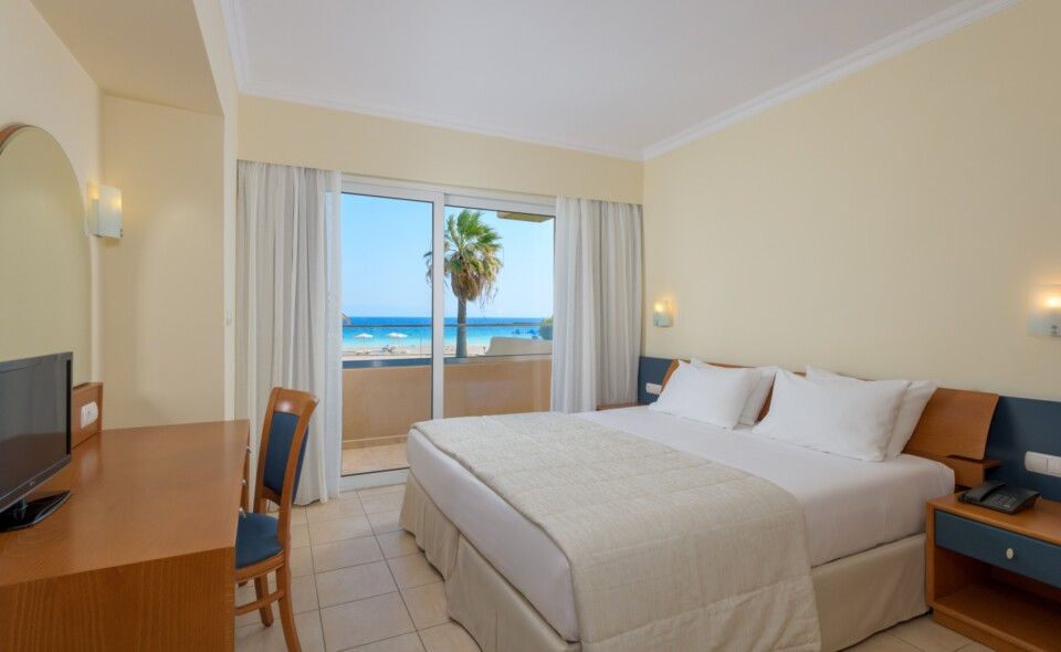 Suite Apartment Sea View-Master Bedroom-1a