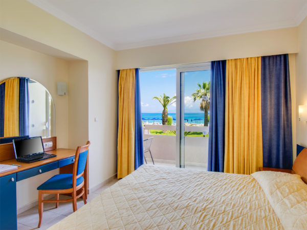One Bedroom Suite Apartment Sea View