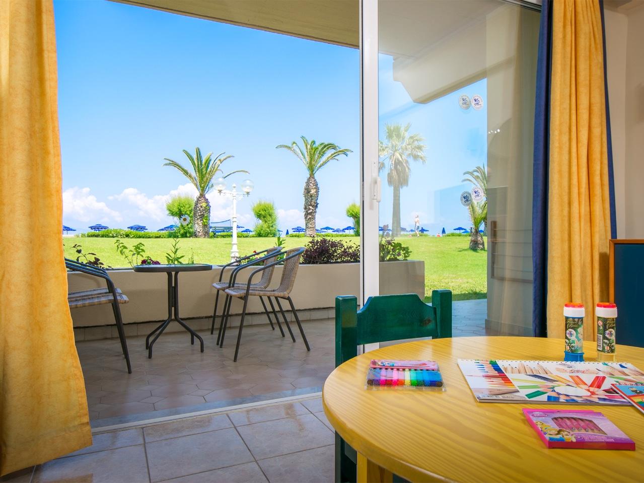 Kids Suite Garden View