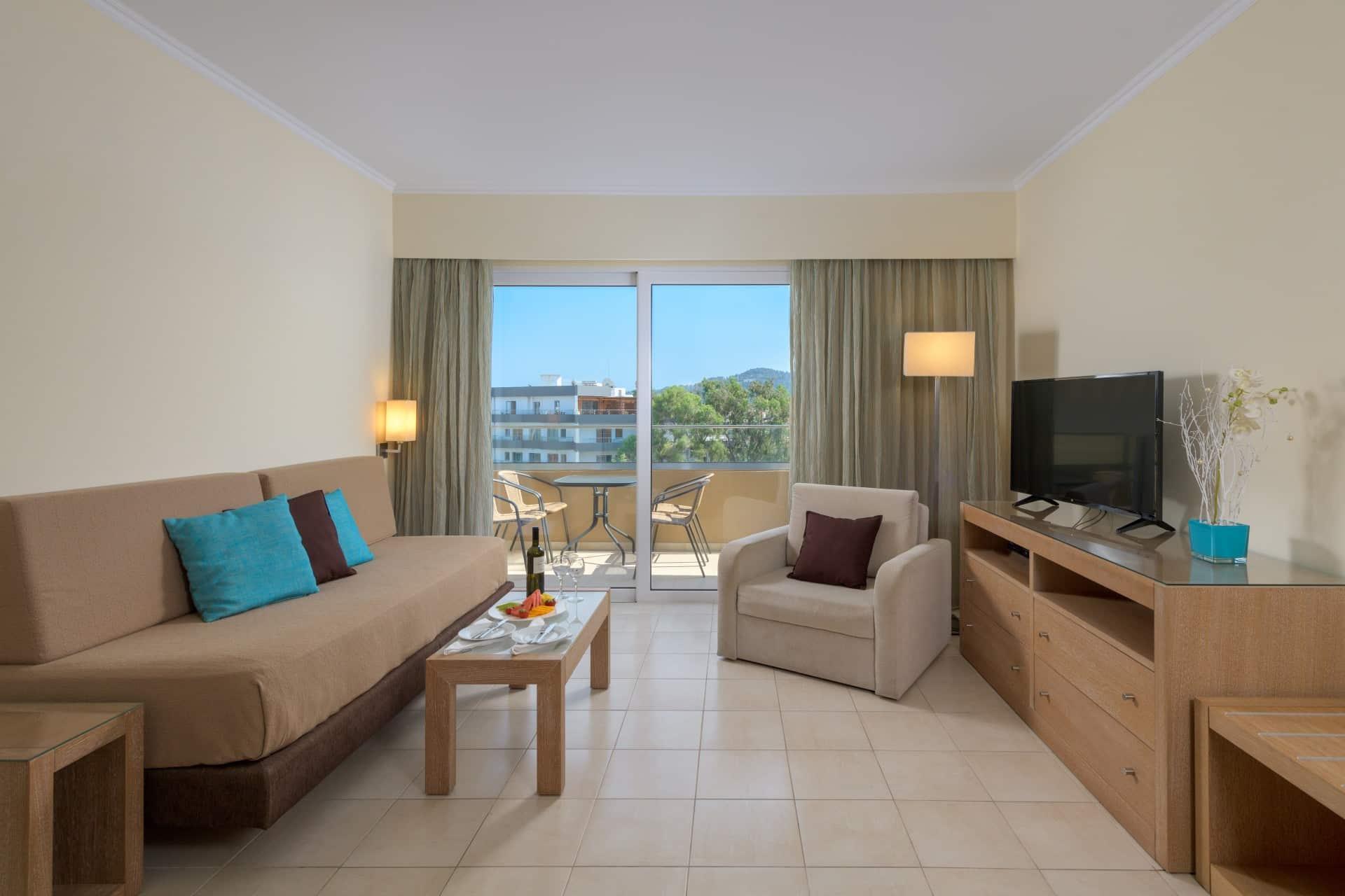 Deluxe Suite Garden View-Living Room-Room-5