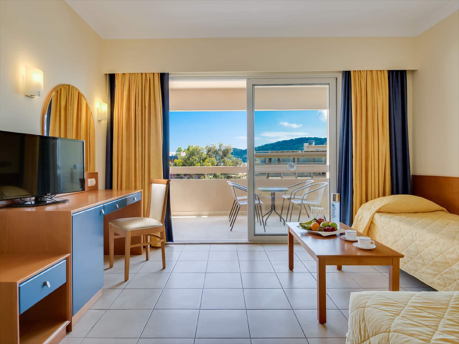 One Bedroom Suite Apartment Garden View