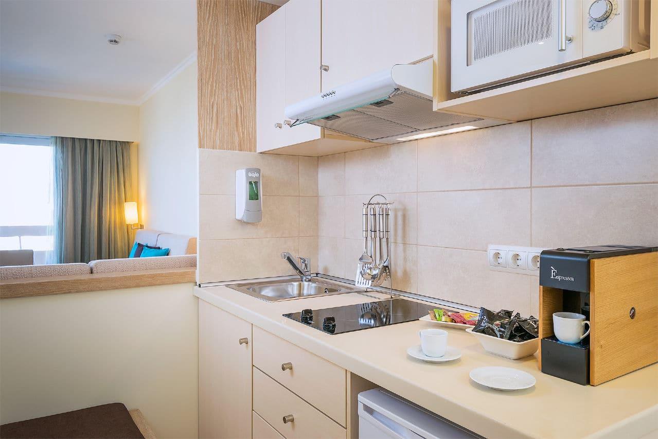 Deluxe apartments Kitchenette