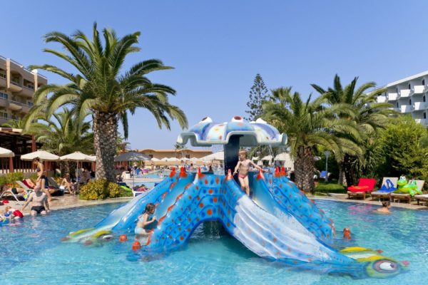 Sun Beach Aparthotel Octopus slide