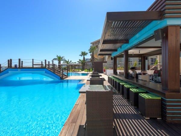 Apollo Pool Bar
